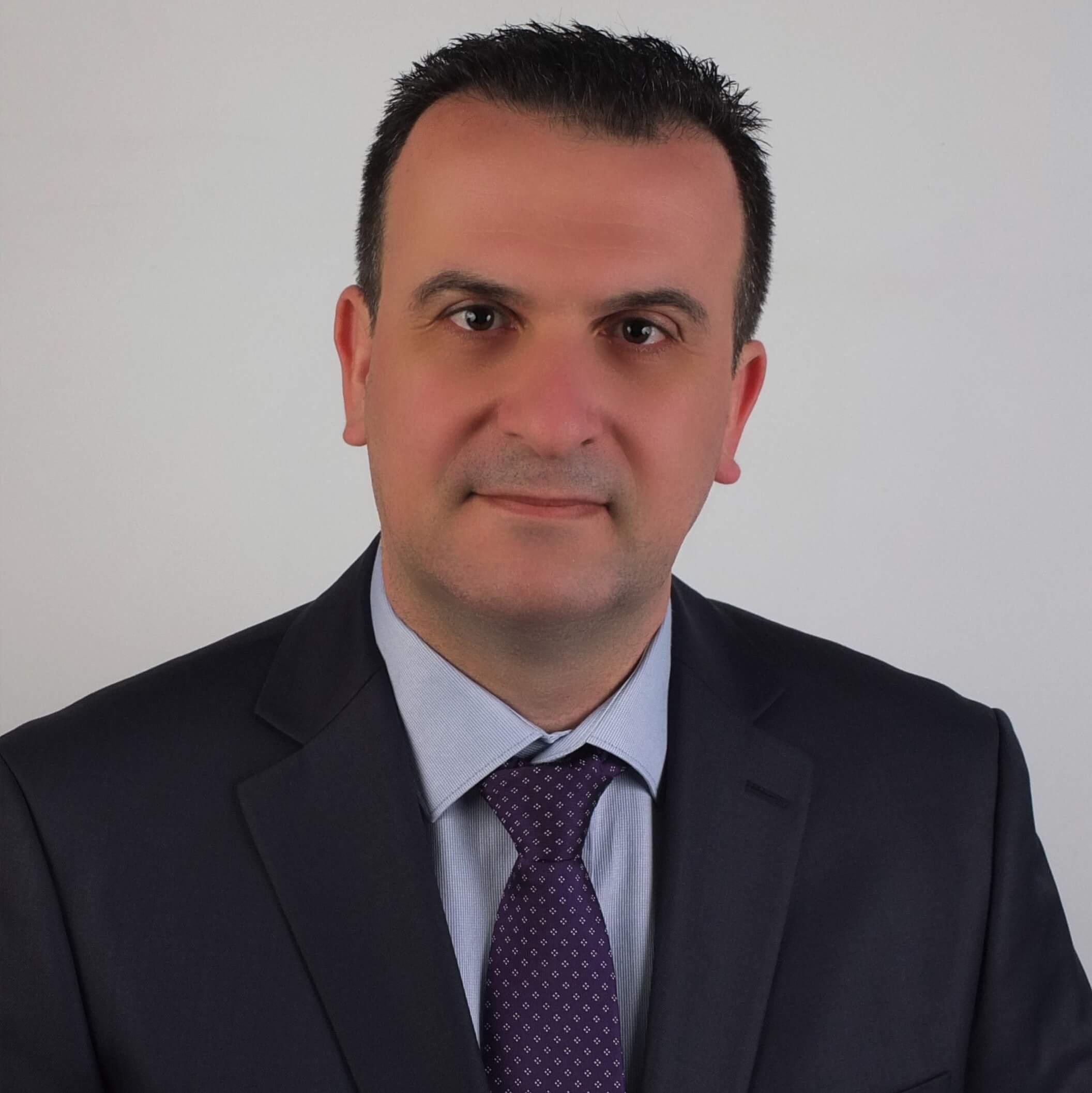 Νίκος Θεοχάρης | Καθηγητής Τεχνικών Μαθημάτων | Ανώτερη Σχολή Τουριστικής Εκπαίδευσης Ρόδου